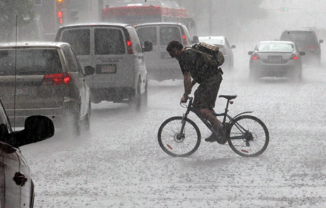 cyclist-in-the-rain