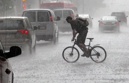 cyclist-in-the-rain