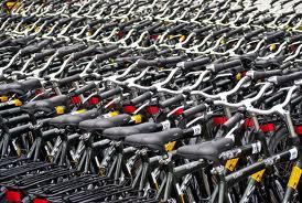 monte de bicicletas